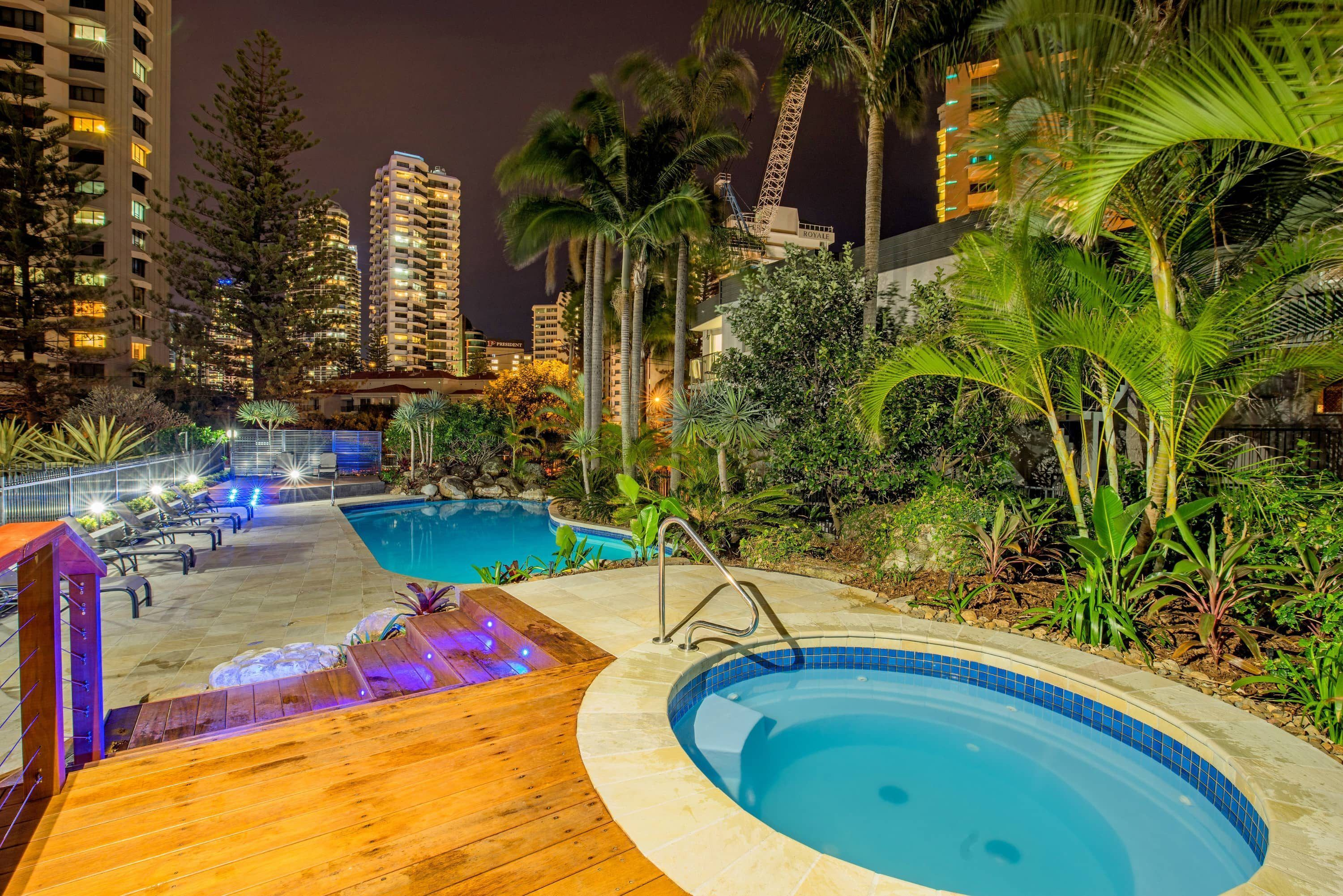 Surfers Paradise Beachside Holiday Apartments