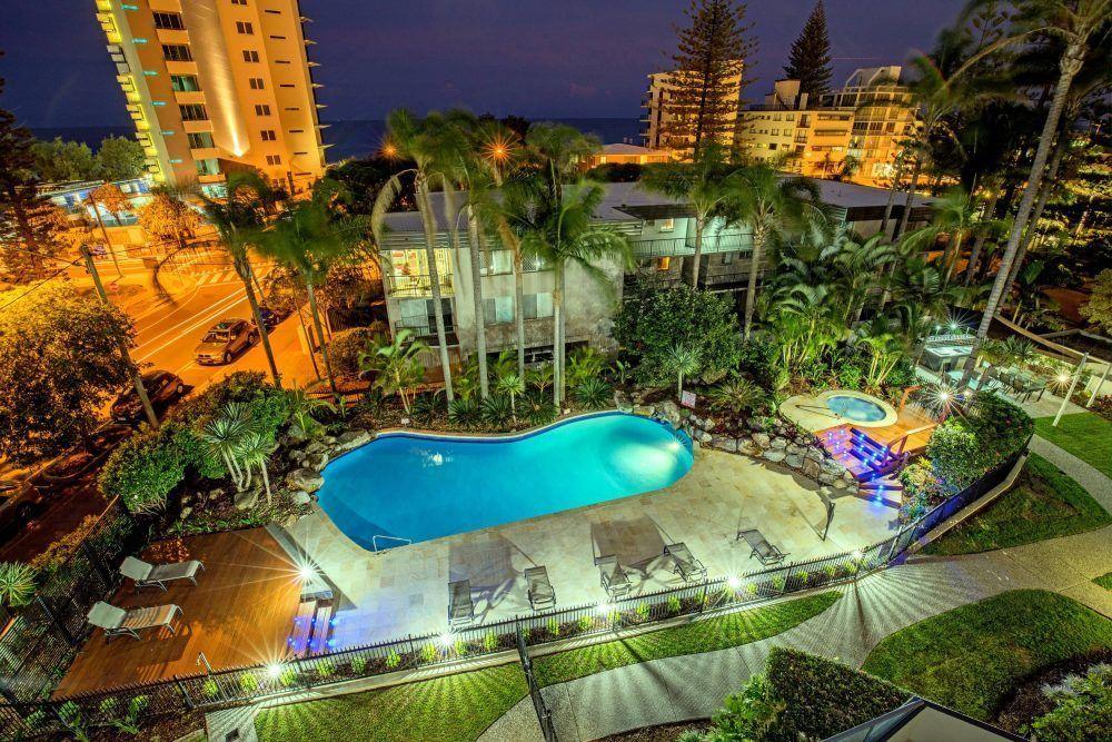 Surfers Paradise luxury resort