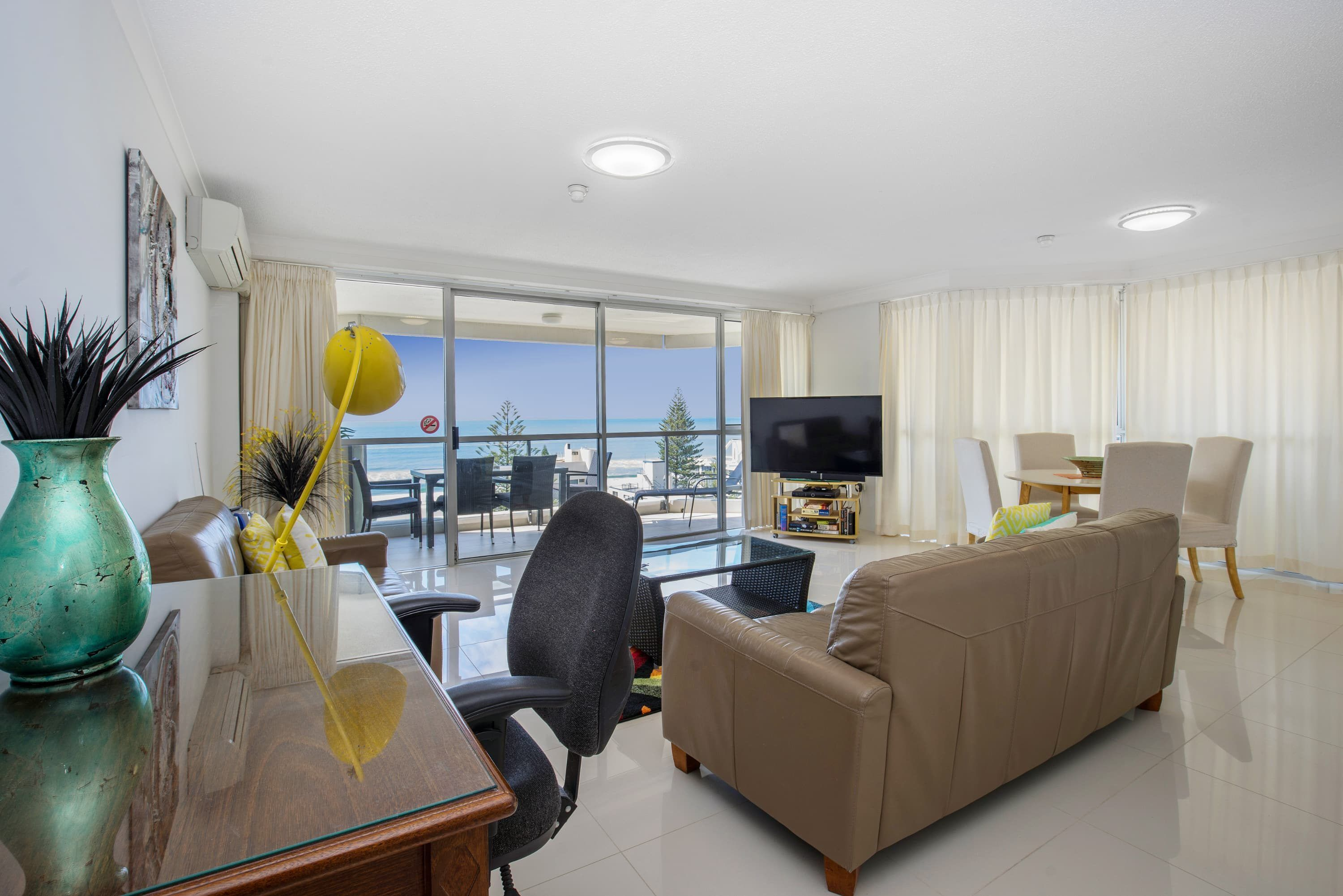 Accommodation near Cavill Mall Surfers Paradise
